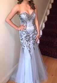 Beautiful formal/debs dress!