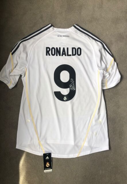more photos 0fc39 f772d Signed Cristiano Ronaldo Real Madrid Home '9' Shirt   in Tooting, London    Gumtree