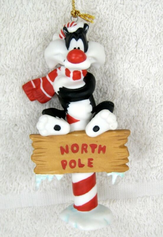 GOEBEL Looney Tunes SYLVESTER North Pole Xmas Ornament