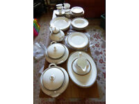 Royal Doulton 'Pavanne' 48 piece dinner service and tea set