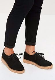 Brand new black cork sole brogues UK 5-6. Sold out on Missguided online