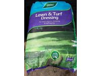 2 x Unopened 25 Litre Bags of Lawn & Turf Dressing