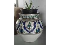 Brand new indoor plant pot vase and plate