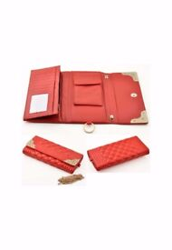 Imitation leather bag/wallet with multiple compartments with strap, adjustable size, decorated