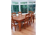 Large Wooden Oak Dining room Table, Plus 6 x Chairs, and Matching Sideboard Unit