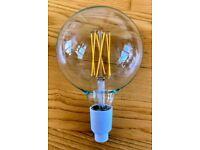 Philips B22 LED Single Filament Amber G125
