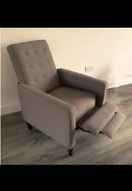 MASSAGING and RECLINING ARMCHAIR 💓BARGAIN AT £80 💓