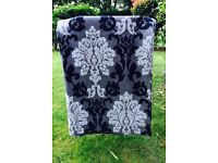 Curtains, Lamps, Laundry bags, Mouse, iPhone, Handbag, Watch, Chest of Drawers