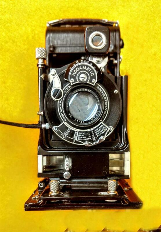 Kodak Autographic Special #2C Rangefinder camera with original leather case Exc+