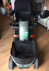 PRIDE COLT DELUXE MOBILITY SCOOTER IN EXCELLENT CONDITION