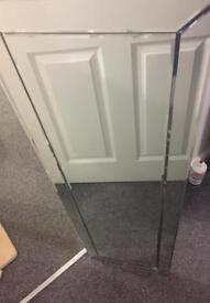 Free full length mirror BROKEN