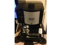 Delonghi Caffe Treviso Coffee Machine with Utensils and Instruction Manual