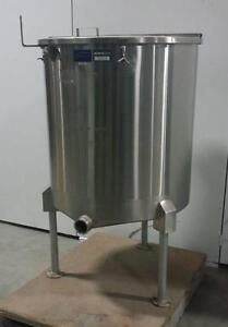 Réservoir simple paroi 316SS 3'' Tri-Clamp 400 litres usagé *AEVOS*