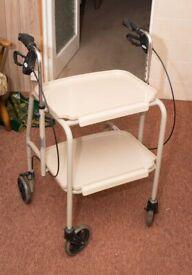 Rollator walking aid