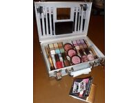 Make-Up Box Set