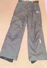 Roxy women's salopettes / ski pants size 8/10