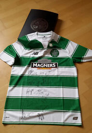 Celtic official signed top 2016 by squad and manager with box and crest in embossed silver on front.