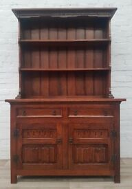 Solid Oak Dresser (DELIVERY AVAILABLE FOR THIS ITEM OF FURNITURE)