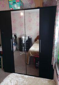 4 Door 2 Door Mirrored Wardrobe