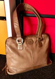 ROWALLAN Tan real fine leather tote handbag