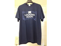 Brand new t-shirt with graphic print navy size L