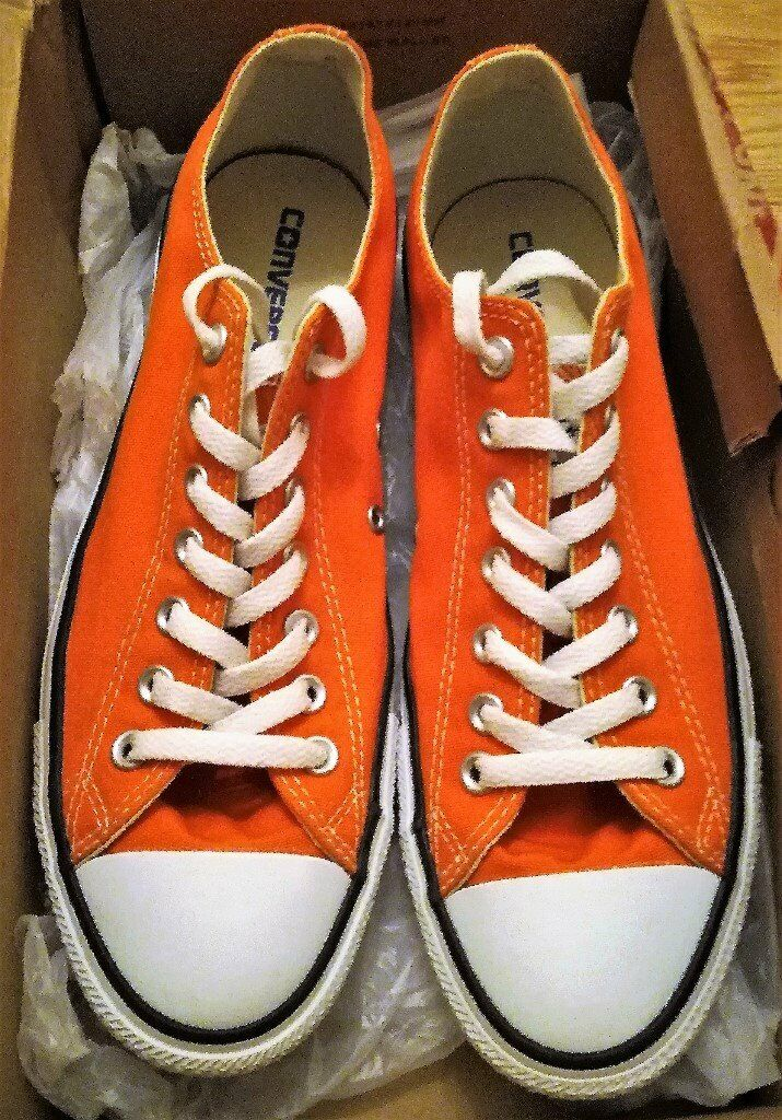 8df8d407d6ad CONVERSE CHUCK TAYLOR ALL STARS Orange Canvas Shoes Trainers Footwear Mens  Women Unisex Laced Size 9