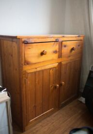 Wooden Cabinet, very good condition