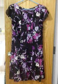 Sandra Darren Floral Dress Size 12