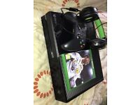 Xbox one for sale includes wires, 1 controller, headset and FIFA 18. collection only