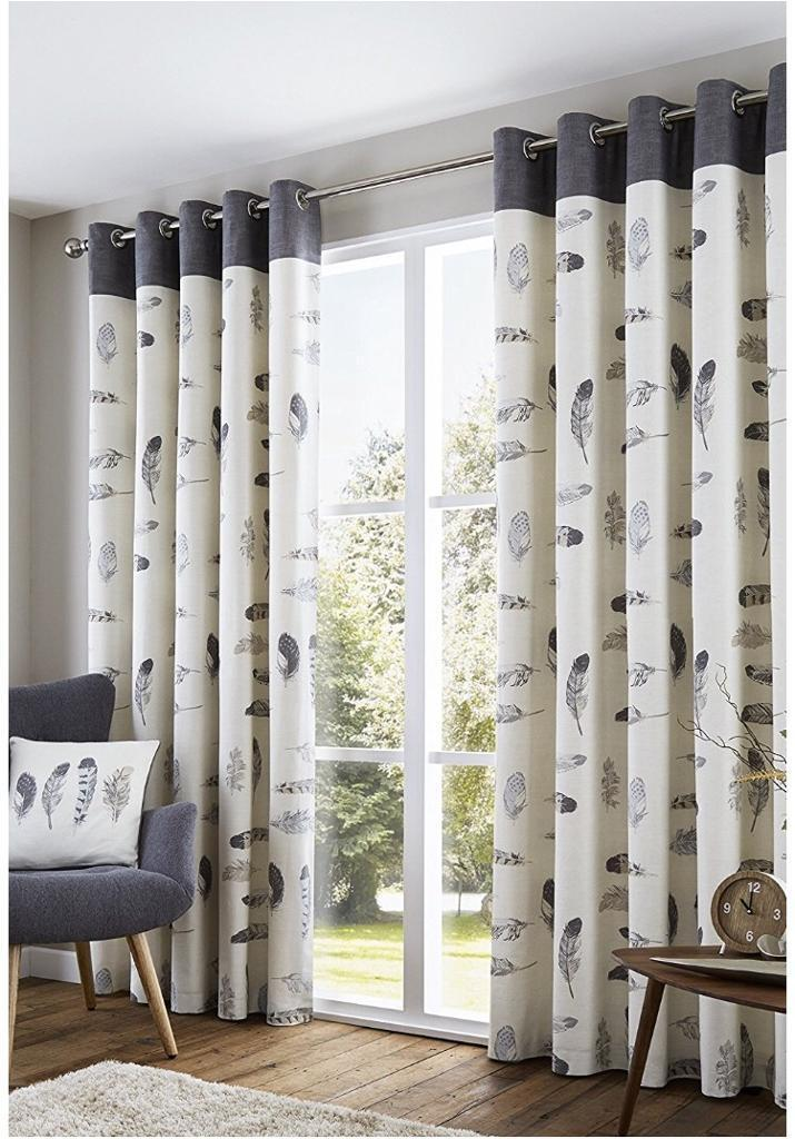 2 pairs of 90x90 curtains and cushion cover