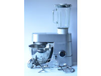 Kenwood Chef. Very good working order. Everthing in the photo included