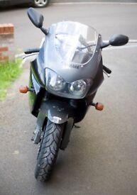 Yamaha Thunderace Parts - breaking for spares - from 1996 model - Black & Grey