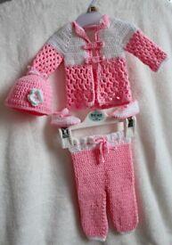 HandeMade New Born Outfit
