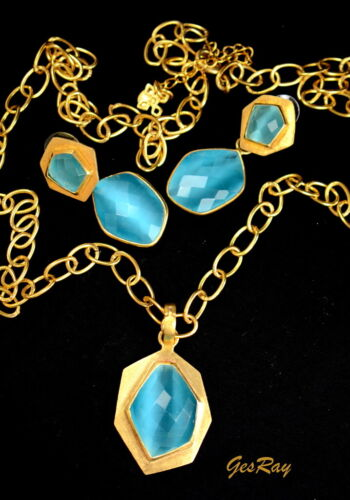 Contemporary Gold Hammered Jewelry Set Signed Marked Necklace 14K Yellow Gold Ov