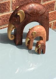 Set of three elephants