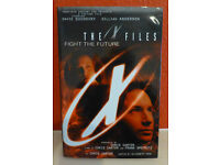 Novelization of 'The X Files' 1st film 'Fight the Future'&'Making of The X Files–Fight the Future'