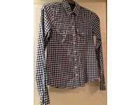 Hollister girl's checked plaid shirt with full buttons (medium)