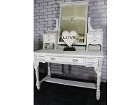 Beautiful Antique White chic dressing table with mirror & drawer storage
