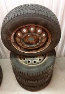 (H58) Pneus Hiver - Winter Tires 175-65-14 Pirelli 10/32