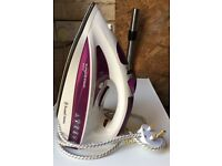 Russel Hobbs Supreme Steam Iron (used once as new)