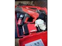 Hilti DX5 powder actuated tool