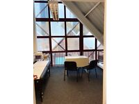 *SERVICED SPACIOUS OFFICE TO LET IN THE HEART OF CANARY WHARF* (DOCKLANDS-ISLE OF DOGS-LIMEHARBOUR)