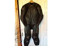 Mens Wolf Titanium Kangaroo one piece Leather Motorcycle Racing Suit size U.K. 40 E.U. 50