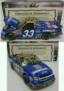 Ron-Hornaday-Jr-33-autographed-Armour-Foods-Kroger-Camping-1-24