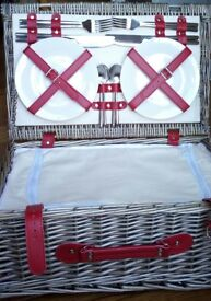Brand new fitted picnic basket