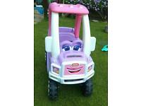Ride on car- little tikes