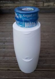 Nappy Bin and 2 refill cartridges - Angel Care