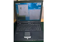 Fujitsu Siemens Amilo Pro V1000 Running Windows XP Pro and Wireless