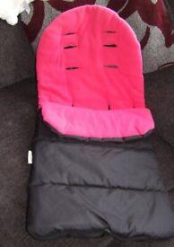 *BRAND NEW* Footmuff Cosy Toes Pushchair Pram Liner Black & pink/red Universal