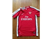 Arsenal Red Jersey for Boys/Youth - age 12-13 - BRAND NEW WITH TAGS